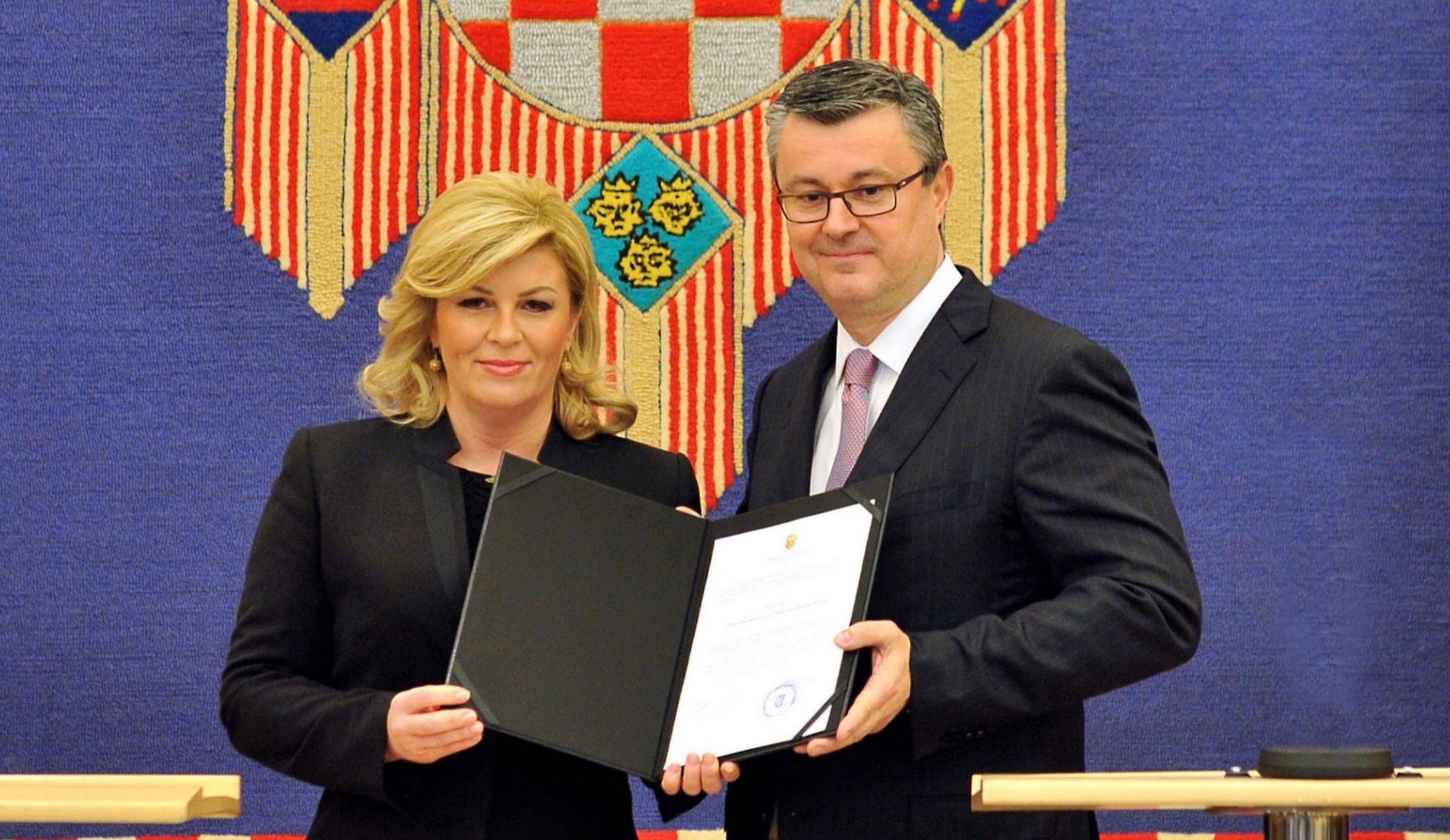 Tihomir Oreskovic könnte mit seiner Biografie ein besonderes Zeichen für die Geschichte Kroatiens werden. (Foto: Ured predsjednice HR)