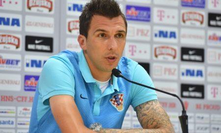 Die kroatische Nationalmannschaft trifft am Sonntag in Paris auf die Türkei, das dritte Mal bei einer Europameisterschaft. Der kroatische Stürmer Mario Mandžukić erzählt wie er die Türken dieses Mal bezwingen will.