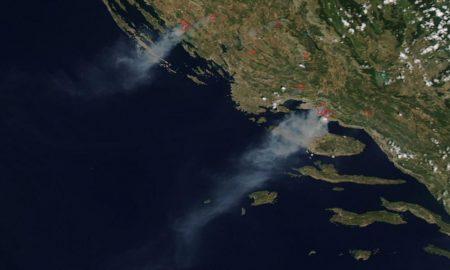 Den Brand in Kroatien sah man sogar aus dem Weltall (Foto: NASA)